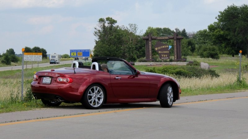 Chasing Cherries: 1,000 Miles, a Mazda Miata, and Fresh Pie
