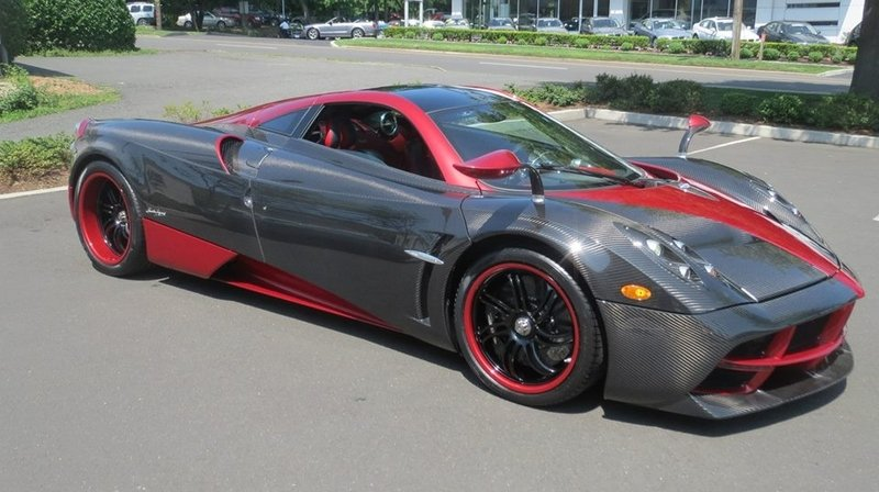 First Pagani Huayra Arrives at a U.S. Dealer