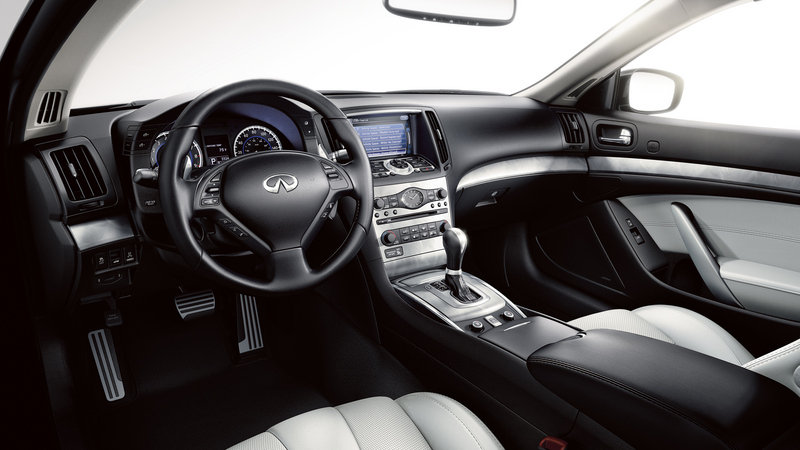2014 Infiniti Q60 Convertible High Resolution Interior - image 560299