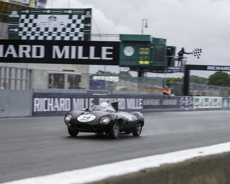 Jaguar F-Type Project 7 Made Its Dynamic Debut; D-Type Won 2014 Le Mans Classic