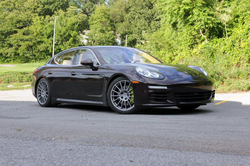 2015 Porsche Panamera S E-Hybrid - Driven High Resolution Exterior - image 562402