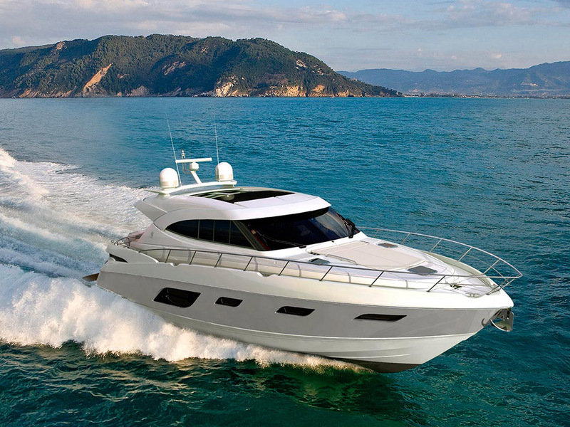 2014 Riviera 6000 Sport Yacht High Resolution Exterior - image 560054