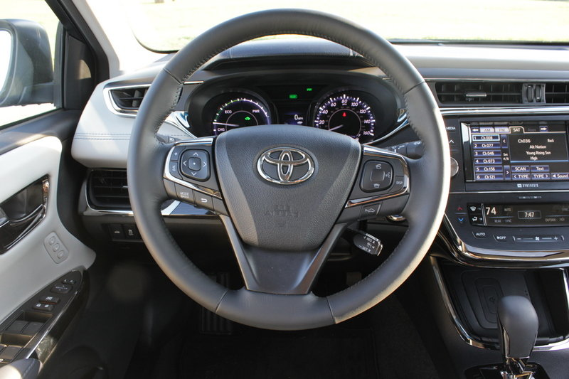 2014 Toyota Avalon Hybrid - Driven Interior - image 561052