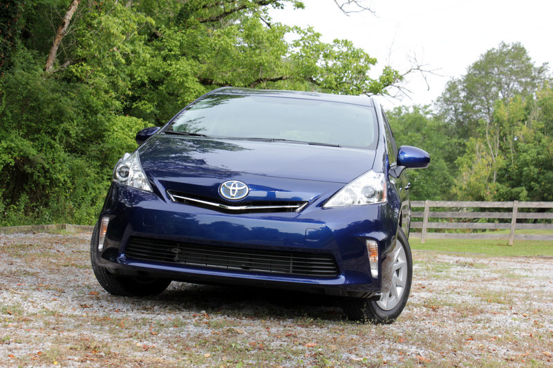 2014 Toyota Prius V - Driven High Resolution Exterior - image 559166