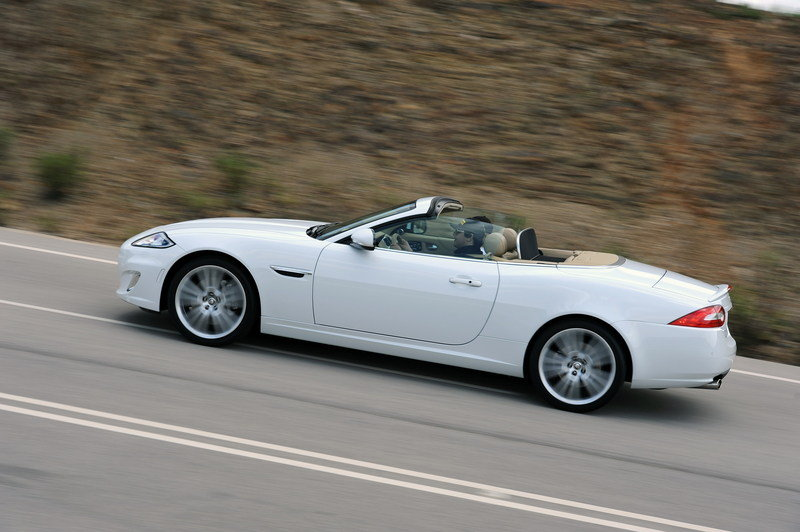 The Jaguar XK Could be Revived as a 2+2 F-Type Sedan
