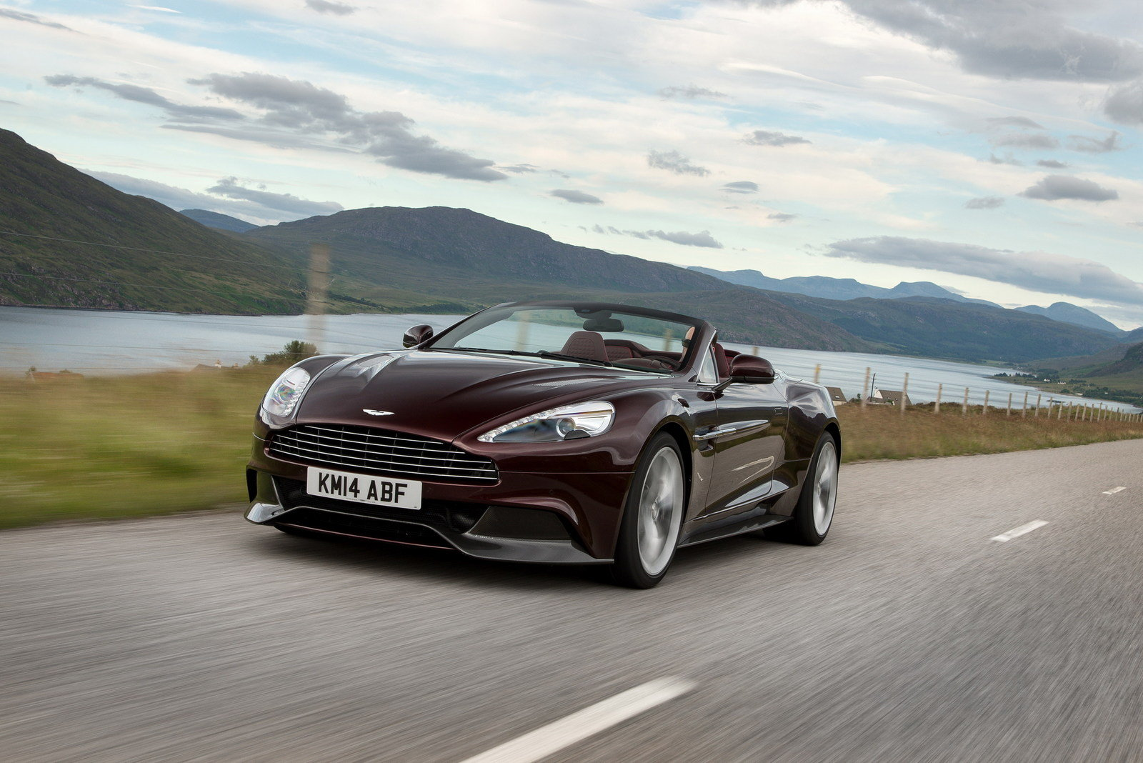 2014 - 2015 Aston Martin Vanquish Volante Review - Top Speed