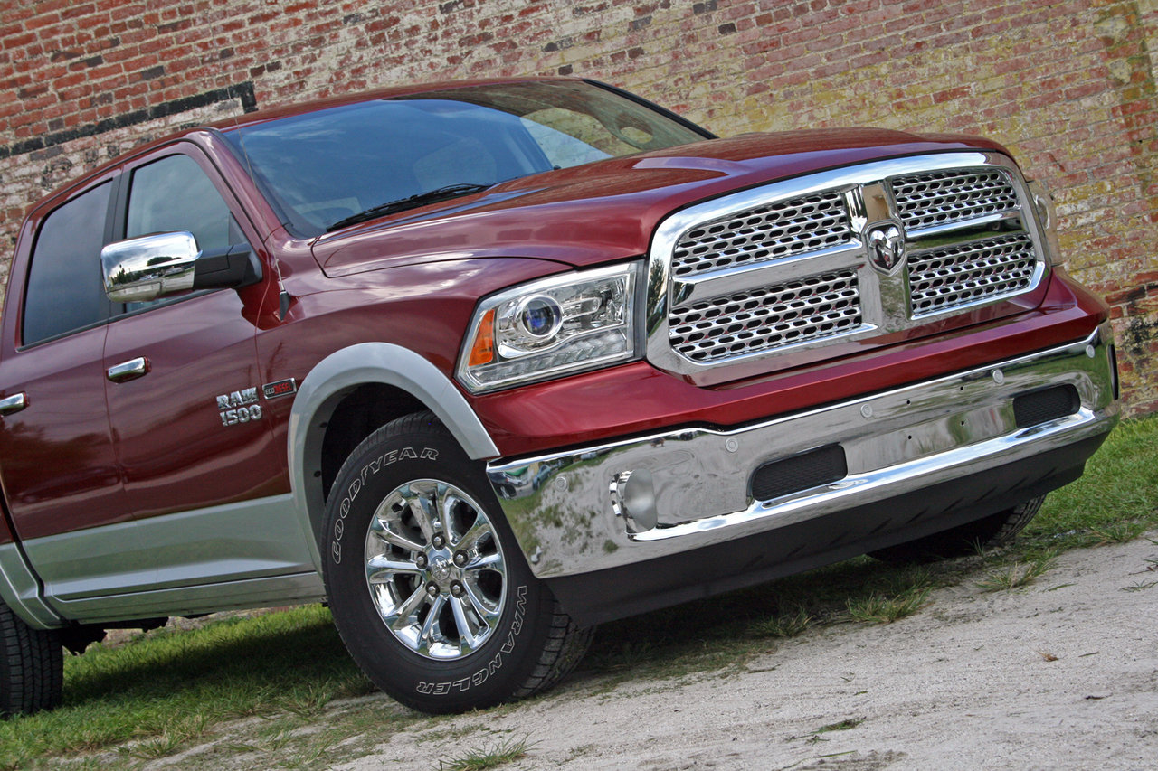2014 ram 1500 ecodiesel driven picture 565287 car review top speed. Black Bedroom Furniture Sets. Home Design Ideas