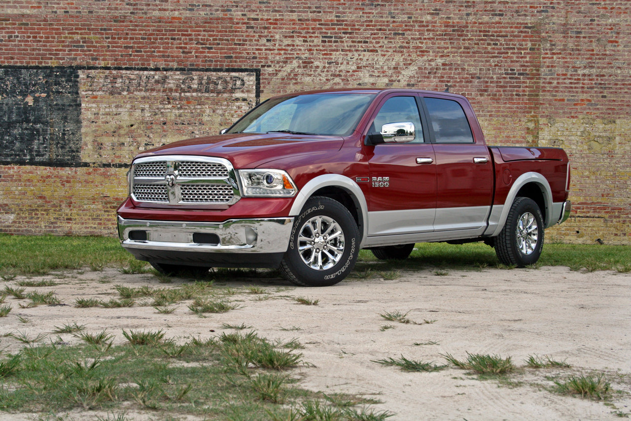 2014 ram 1500 ecodiesel driven picture 565284 car review top speed. Black Bedroom Furniture Sets. Home Design Ideas