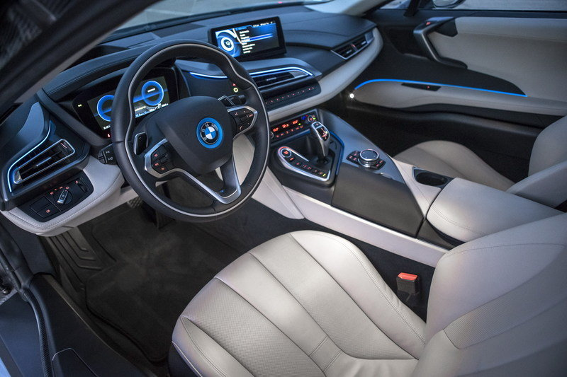 2015 BMW i8 Concours d'Elegance Edition High Resolution Interior - image 563952