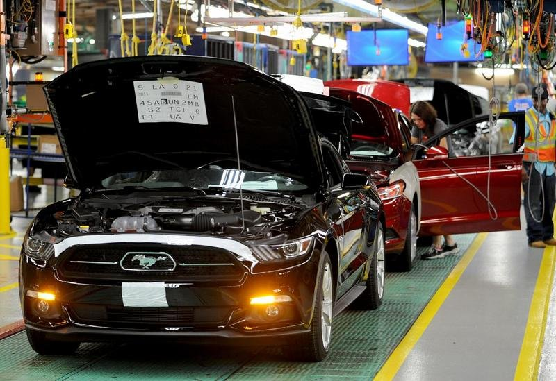 Ford Begins Production of 2015 Mustang