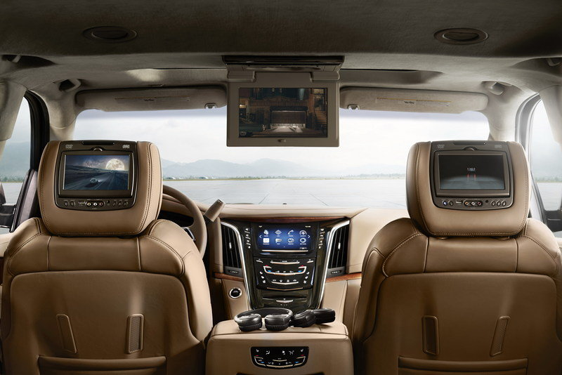 2015 Cadillac Escalade Platinum Collection Interior - image 564151
