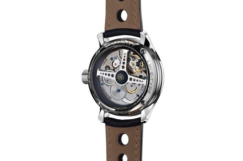 Jaguar and Bremont Watches Launch Lightweight E-Type Tachometer Products - image 564386