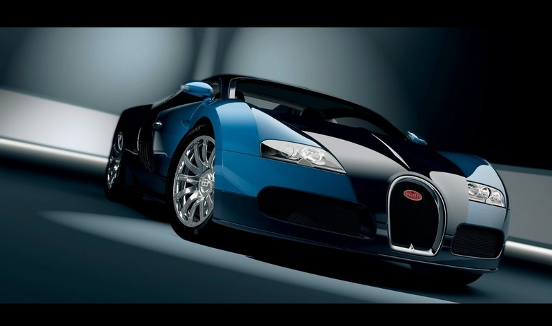 Owner of Lagoon-Plunging Bugatti Veyron Admits to Fraud, Faces 20 Years in Jail
