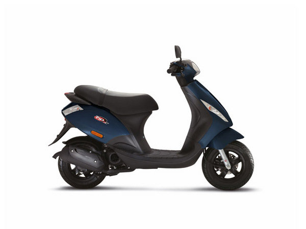 2014 piaggio zip 50 2t motorcycle review top speed. Black Bedroom Furniture Sets. Home Design Ideas