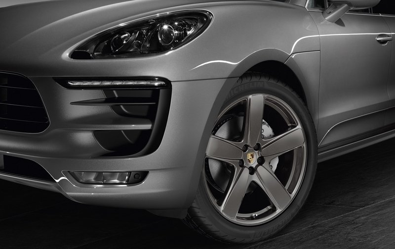 2015 Porsche Macan Sport Design by Porsche Exclusive