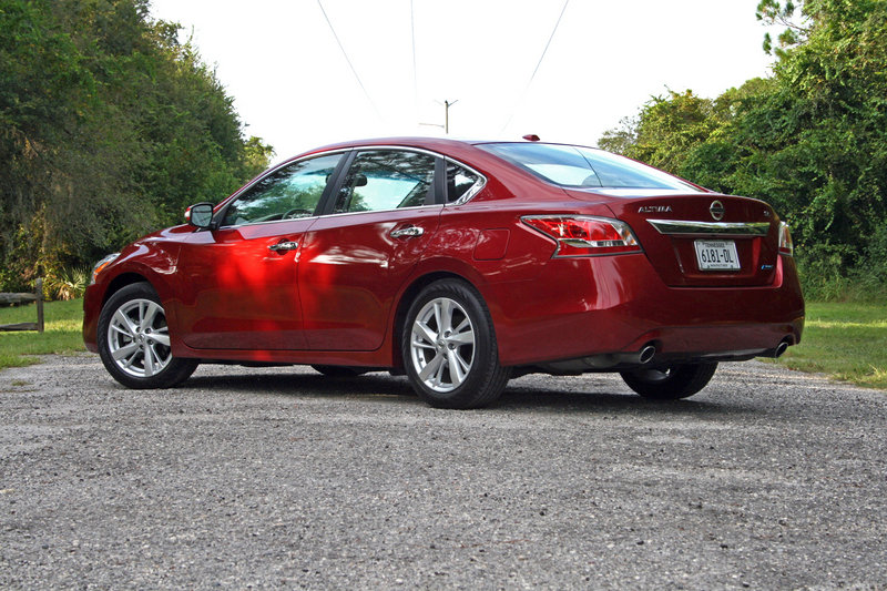 2014 Nissan Altima - Driven High Resolution Exterior - image 570676