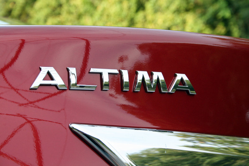 2014 Nissan Altima - Driven Emblems and Logo Exterior - image 570678
