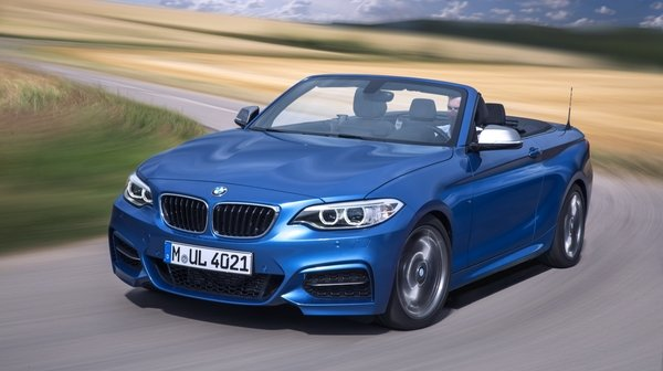 2015 bmw m235i convertible car review top speed. Black Bedroom Furniture Sets. Home Design Ideas