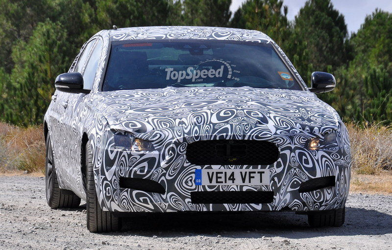 Spy Shots: 2016 Jaguar XF Caught Testing in South Europe Exterior Spyshots - image 569442