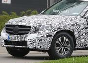 Spy Shots: Mercedes GLK Starts Losing Camo - image 567206