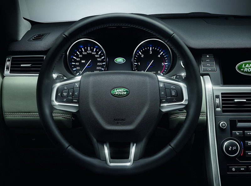 2016 Land Rover Discovery Sport Interior - image 566811