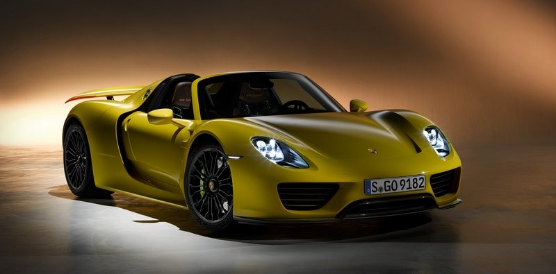 Porsche 918 Spyder Recalled for Rear Control Arms Issues