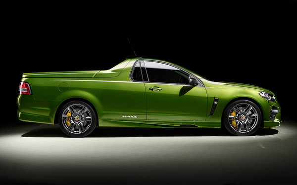 2015 HSV GTS Maloo | car review @ Top Speed