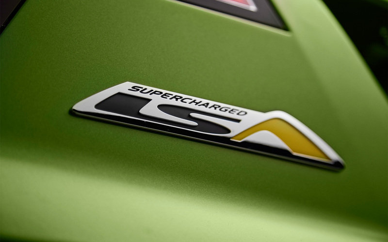 2015 HSV GTS Maloo Emblems and Logo Exterior - image 568302