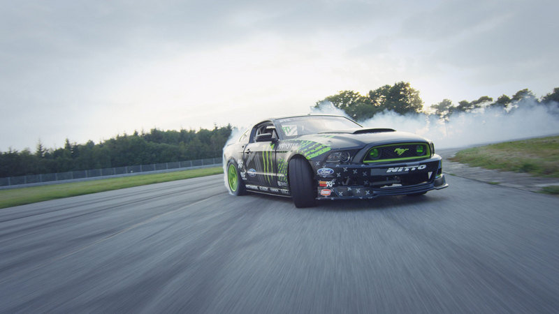 Video: Vaughn Gittin Jr. Introduces France to the Mustang