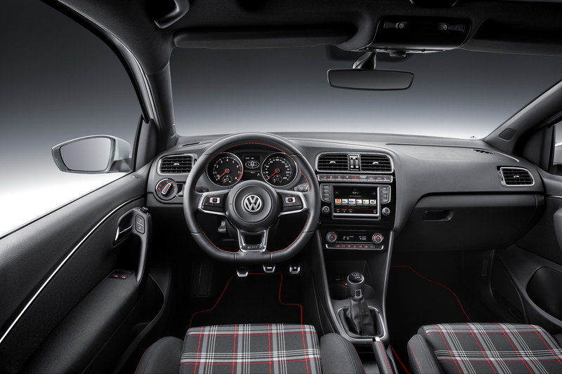 2015 Volkswagen Polo GTI High Resolution Interior - image 569138