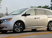 2015 Honda Odyssey Touring Elite - Driven - image 571659