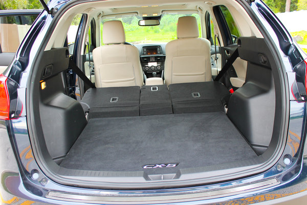 2015 mazda cx 5 grand touring w tech package driven car review top speed. Black Bedroom Furniture Sets. Home Design Ideas