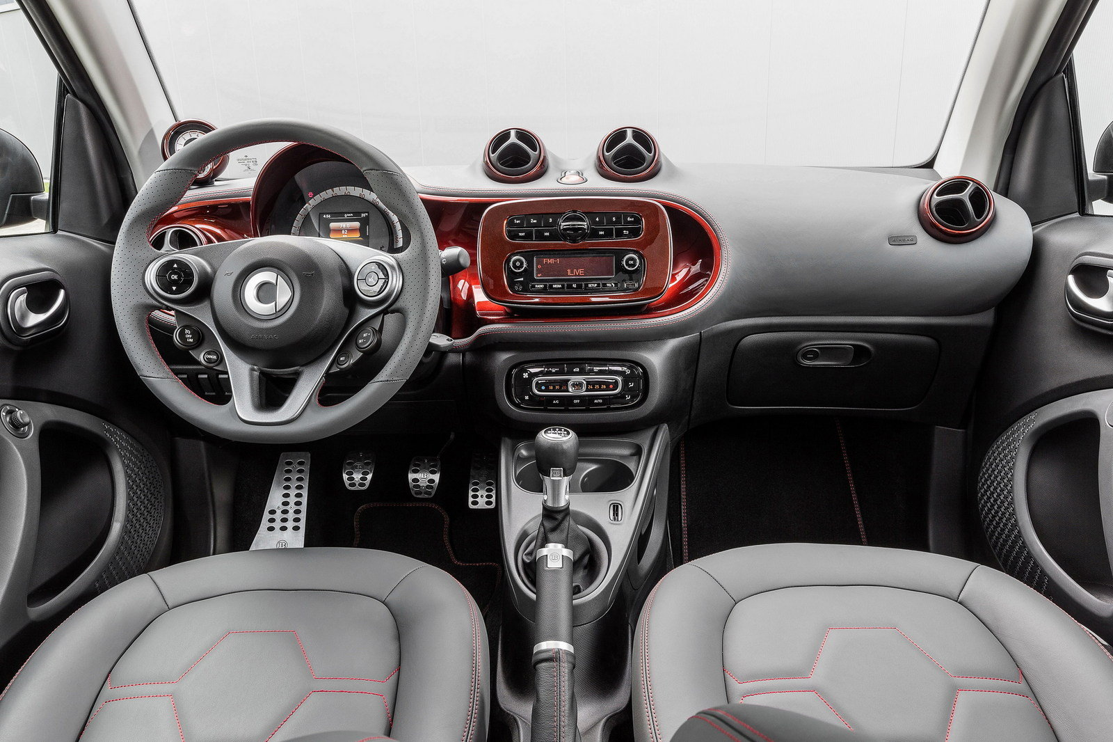 Front panel smart fortwo brabus tailor made coup