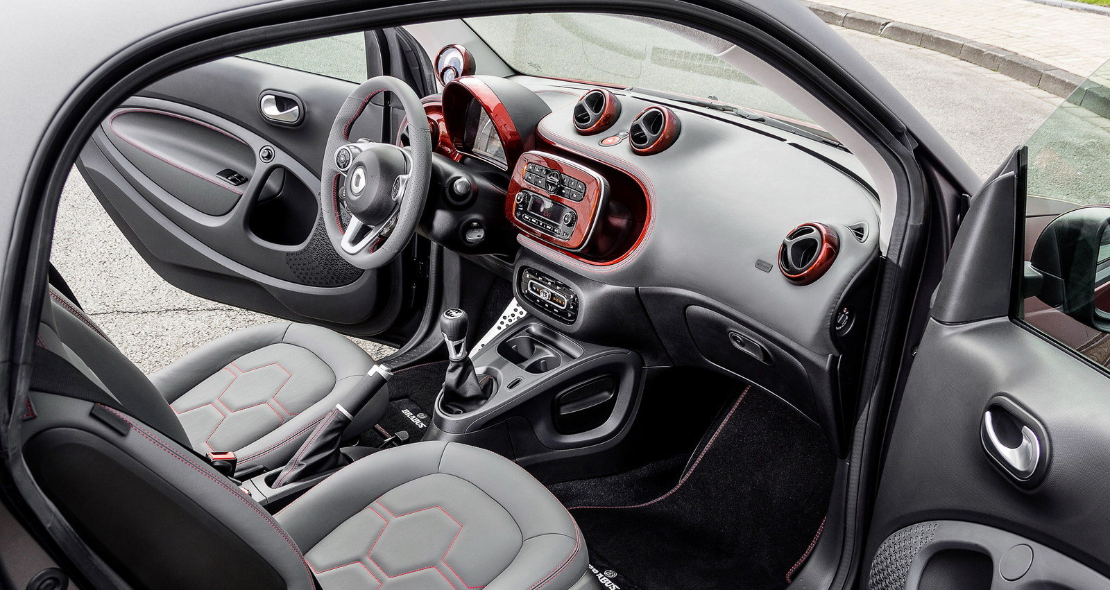 2015 smart fortwo brabus tailor made picture 571358. Black Bedroom Furniture Sets. Home Design Ideas