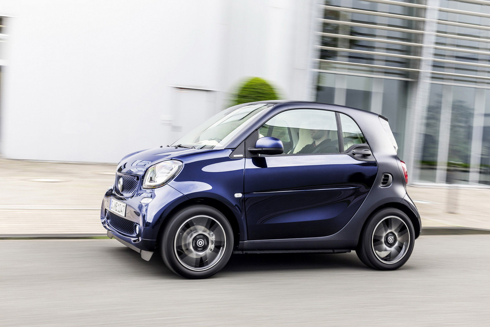 smart fortwo brabus 2015 the image kid has it. Black Bedroom Furniture Sets. Home Design Ideas