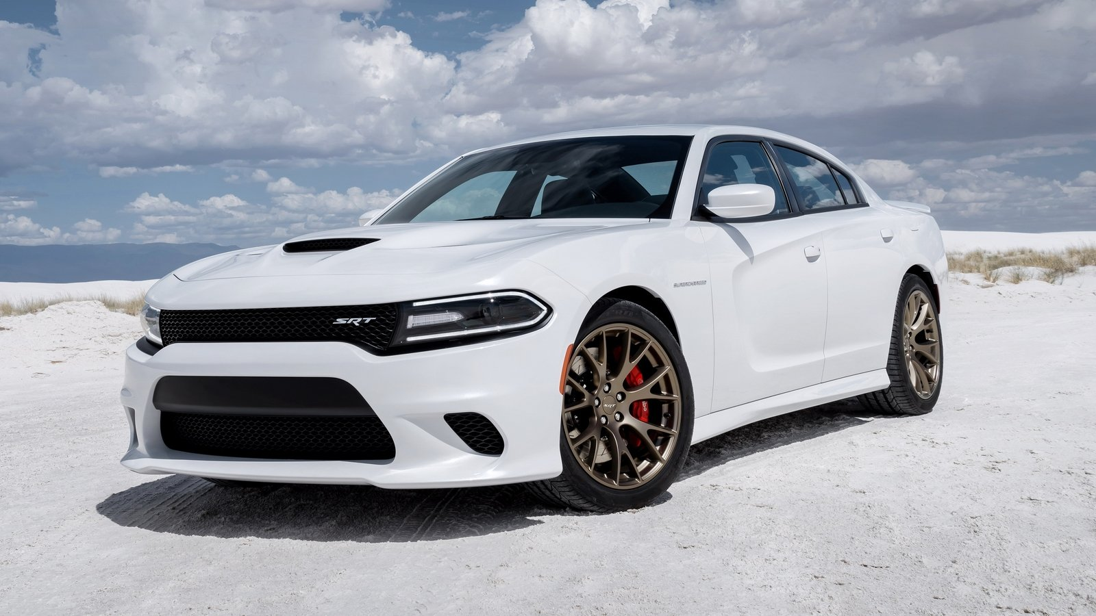 dodge charger srt hellcat hits 60 mph in just 2 9 seconds. Black Bedroom Furniture Sets. Home Design Ideas