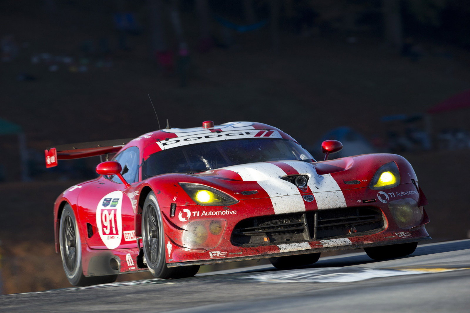 Dodge Discontinues Viper GTS-R Racing Program | Top Speed