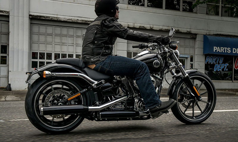 2015 - 2017 Harley-Davidson Softail Breakout Exterior - image 575254