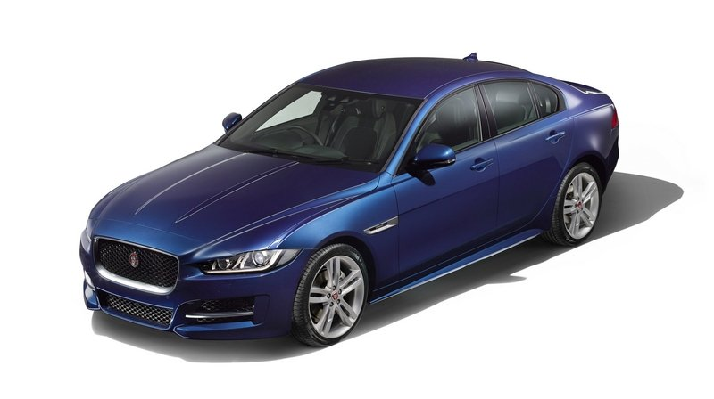 Jaguar XE Will Get AWD Version And V-8 Powertrain