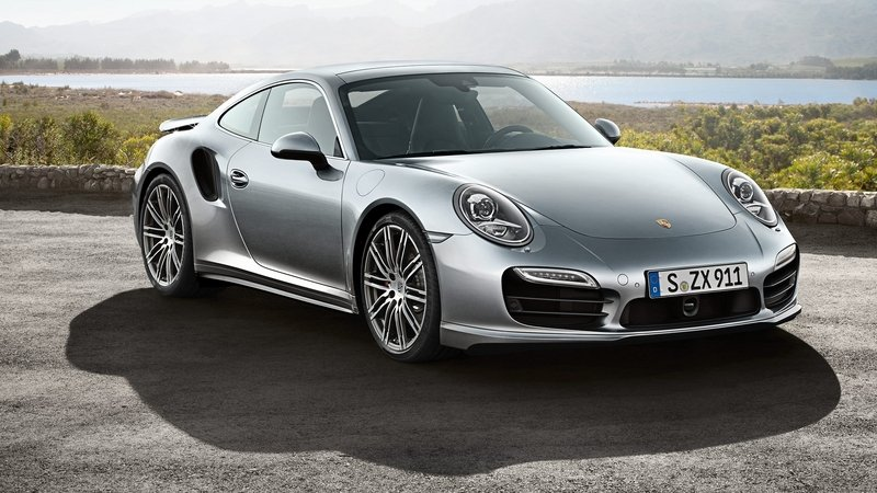 Porsche Claims There is No 911 or Macan Hybrid in the Works