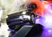Production of the Land Rover Discovery Sport Begins - image 573240