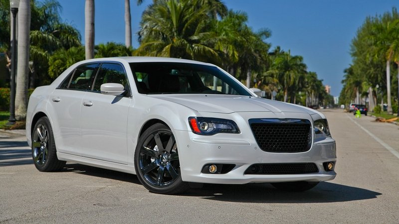 Revised Chrysler 300 SRT Will Not be Offered in North America