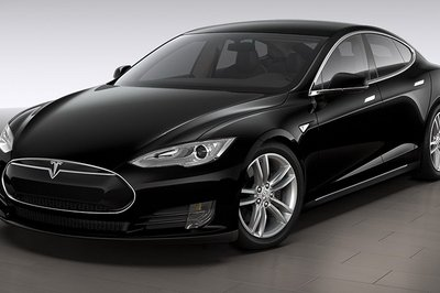 The 2015 Tesla Model S is basically unchanged from last year... Well, except for the 691-horsepower P85D model!
