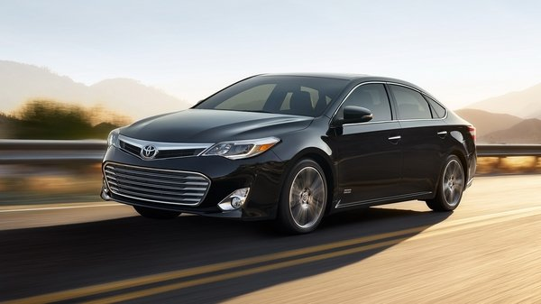 2015 toyota avalon xle touring sport edition review top. Black Bedroom Furniture Sets. Home Design Ideas