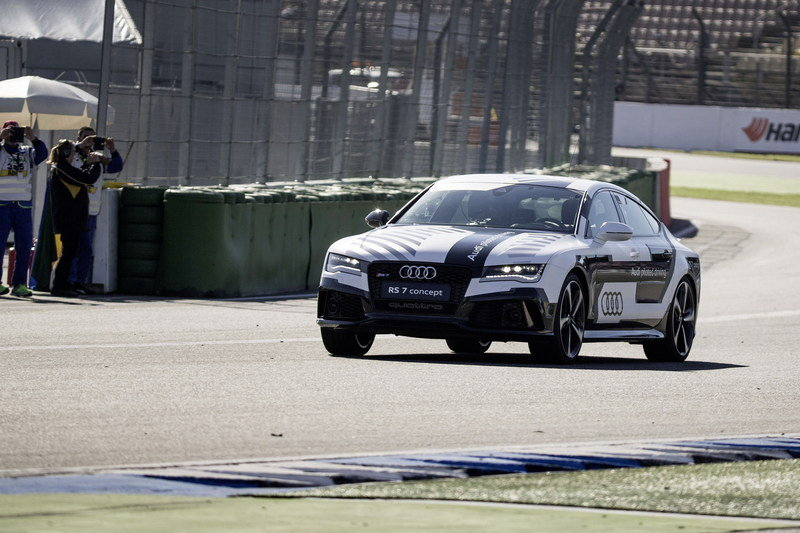 Video: Audi RS7 Piloted Driving Concept Laps Hockenheim at over 100 MPH