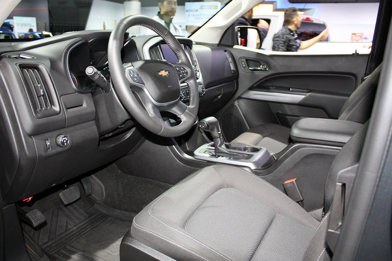 2014 Chevrolet Colorado ZR2 Concept Interior - image 579782