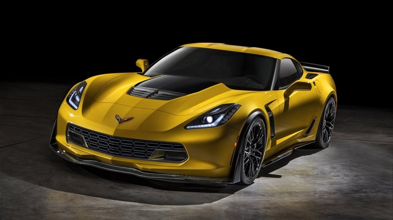 2015 Chevrolet Corvette Z06 Goes into Production