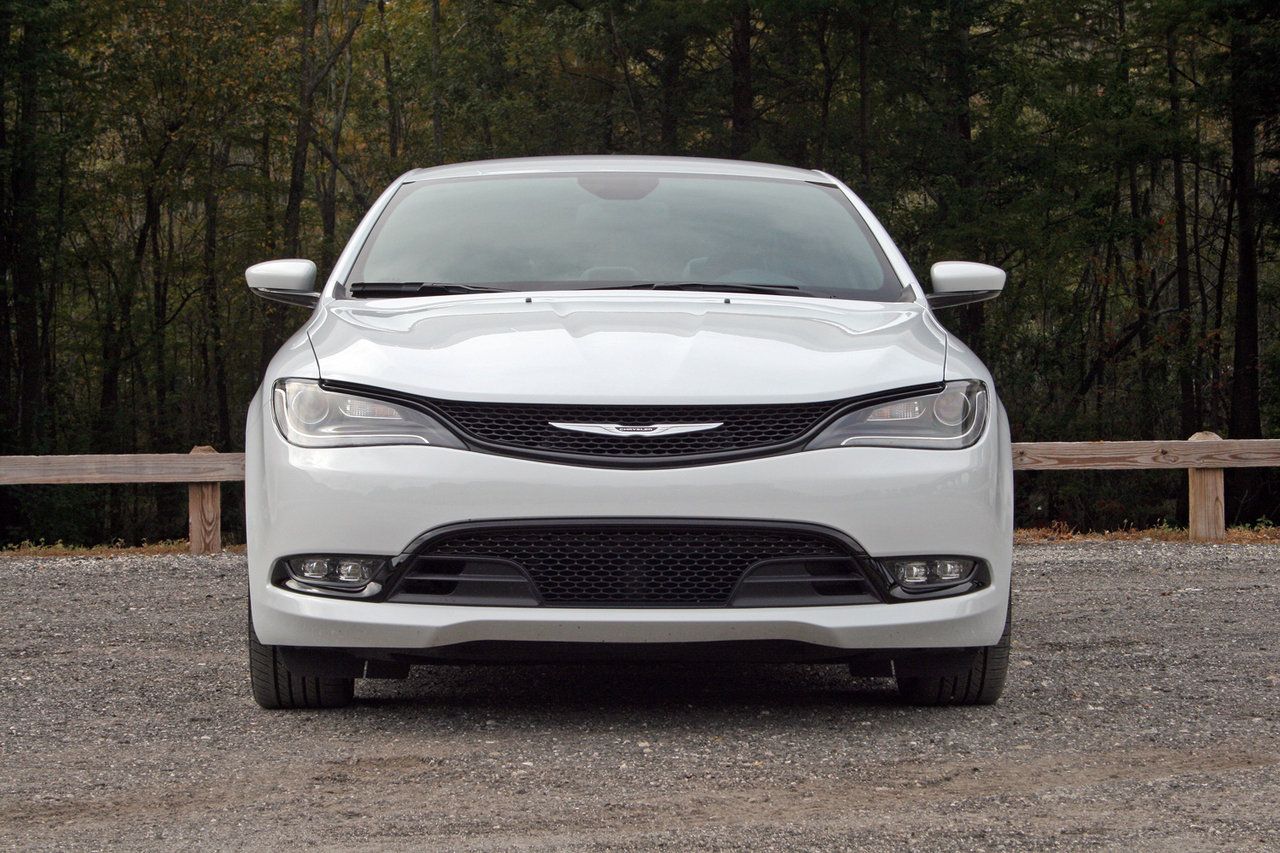 2015 Chrysler 200 S - Driven - Picture 577525 | car review @ Top Speed