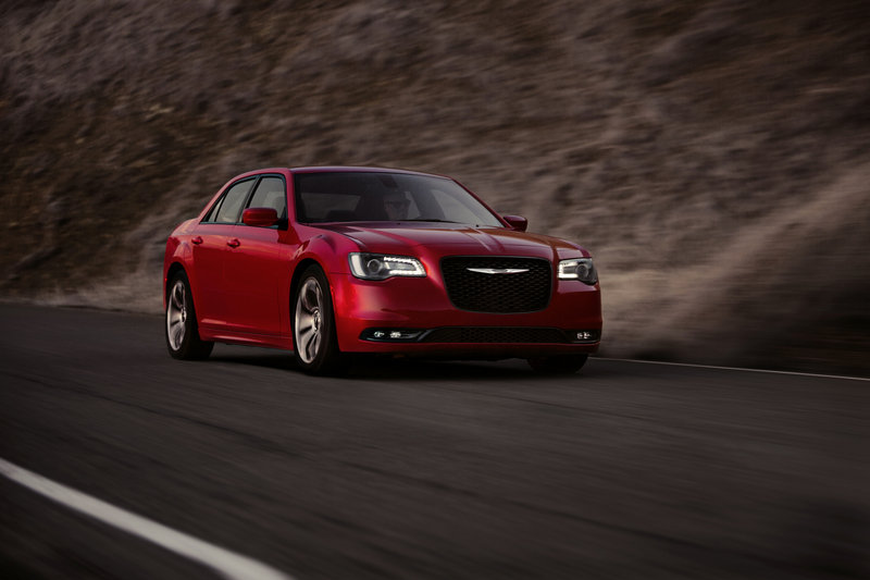 2015 Chrysler 300 High Resolution Exterior - image 578708