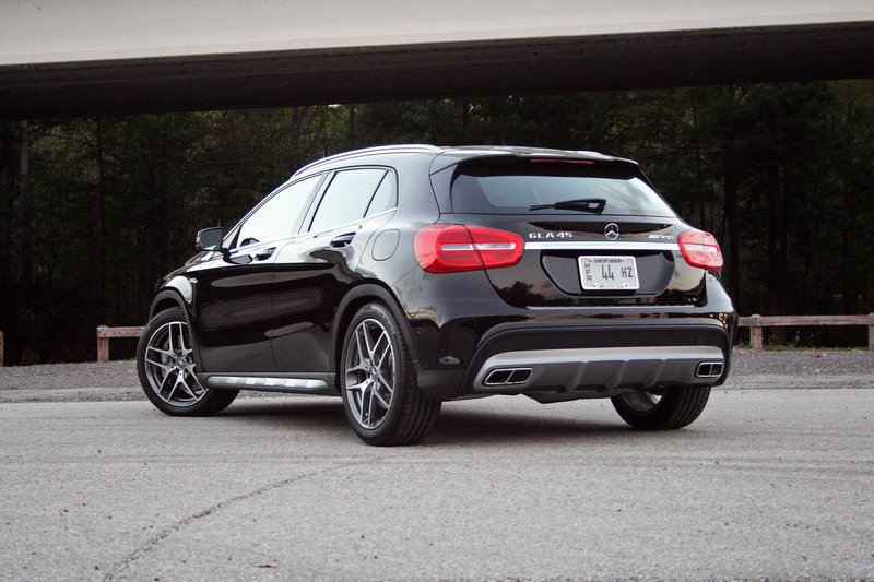 2015 Mercedes-Benz GLA 45 AMG - Driven High Resolution Exterior - image 575978